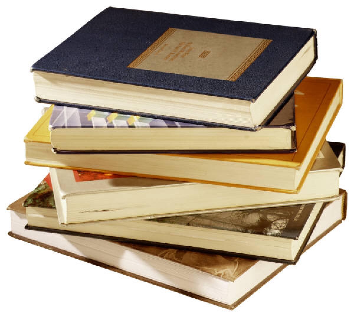 Voucher, sách, âm nhạc